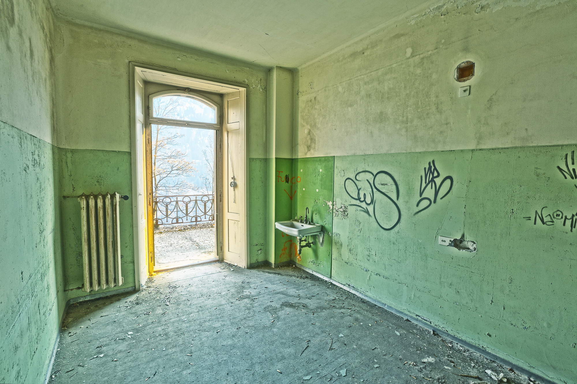 Sanatorium-Ticino-Switzerland-Lost Place 3